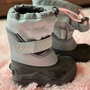 NWOT Toddler Girl's Columbia Snow Boots